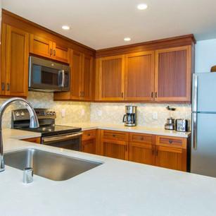 Koloa Condo Kitchen 2.jpg