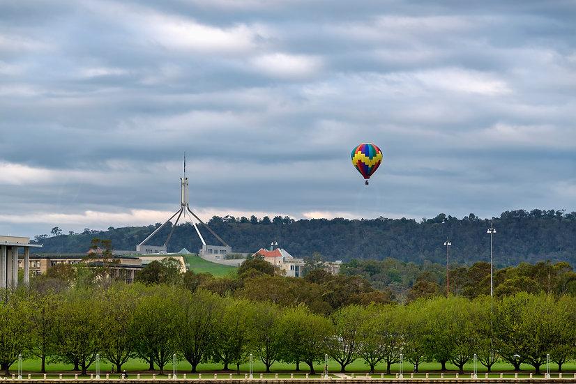 Balloon Ride in the capital - Postcard shot