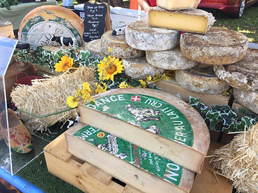 Lake-Worth-Beach-Farmers-Market_cheese.j