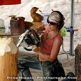 Lisa chainsaw carving in New Mexico ,