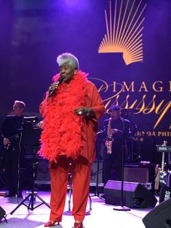 Dorothy singing for the Gov's Inaugurati
