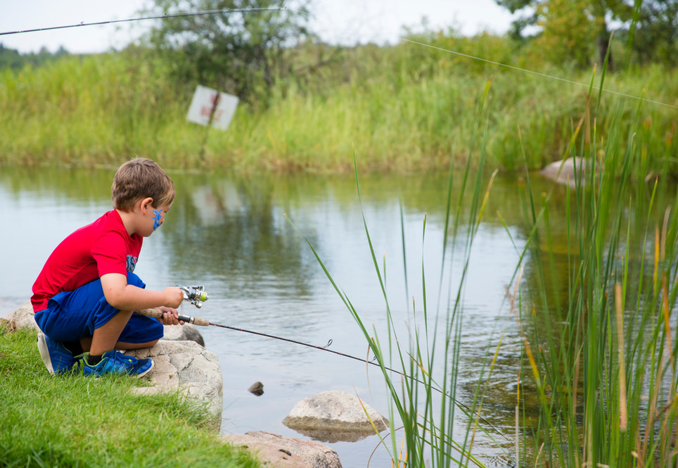 Kids learn to fish at Eagle Beach