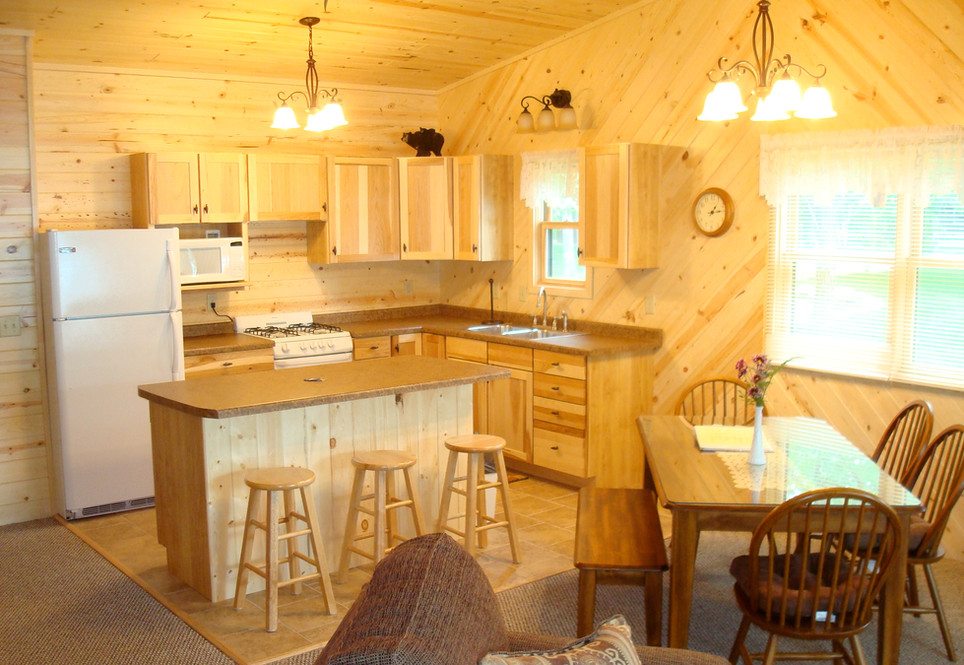 One of our three-bedroom cabins, Bear
