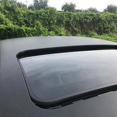 BMW Roof detail