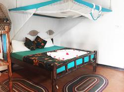 Bellevue Garden Bungalow bed 01