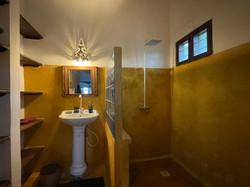 Managers house bathroom