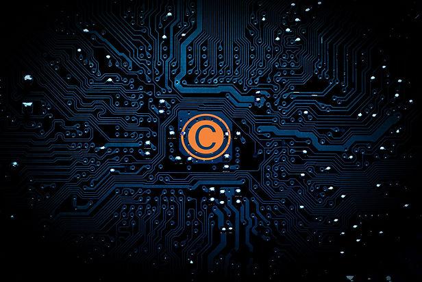 bitcoin-1813503-smal.jpg
