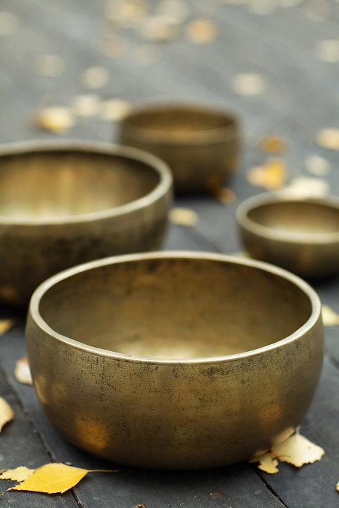 singing-bowls-4749792_1920.jpg