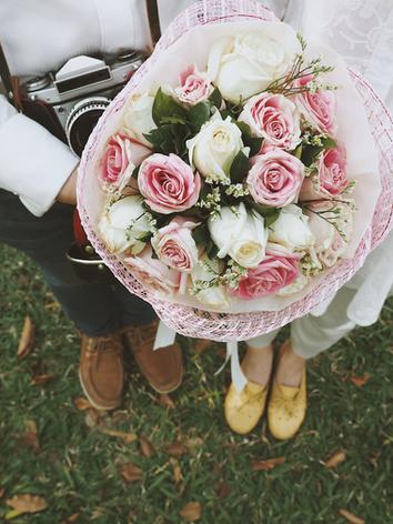 Jolies images d'un mariage aux inspirations vintage.