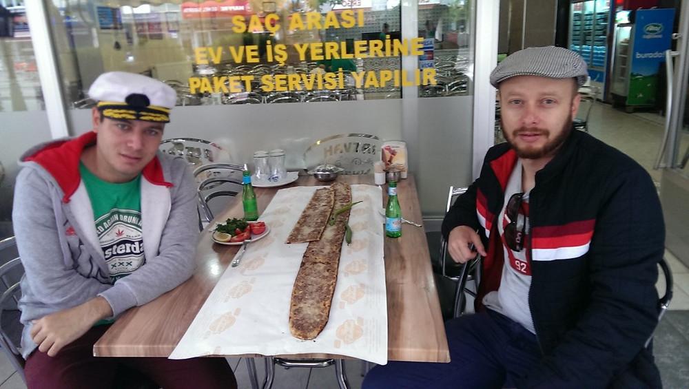 Etli-Ekmek-Konya-2-1024x579.jpg
