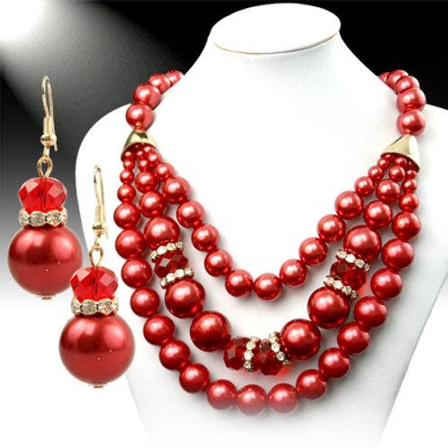 Stunning Holiday Necklace Set