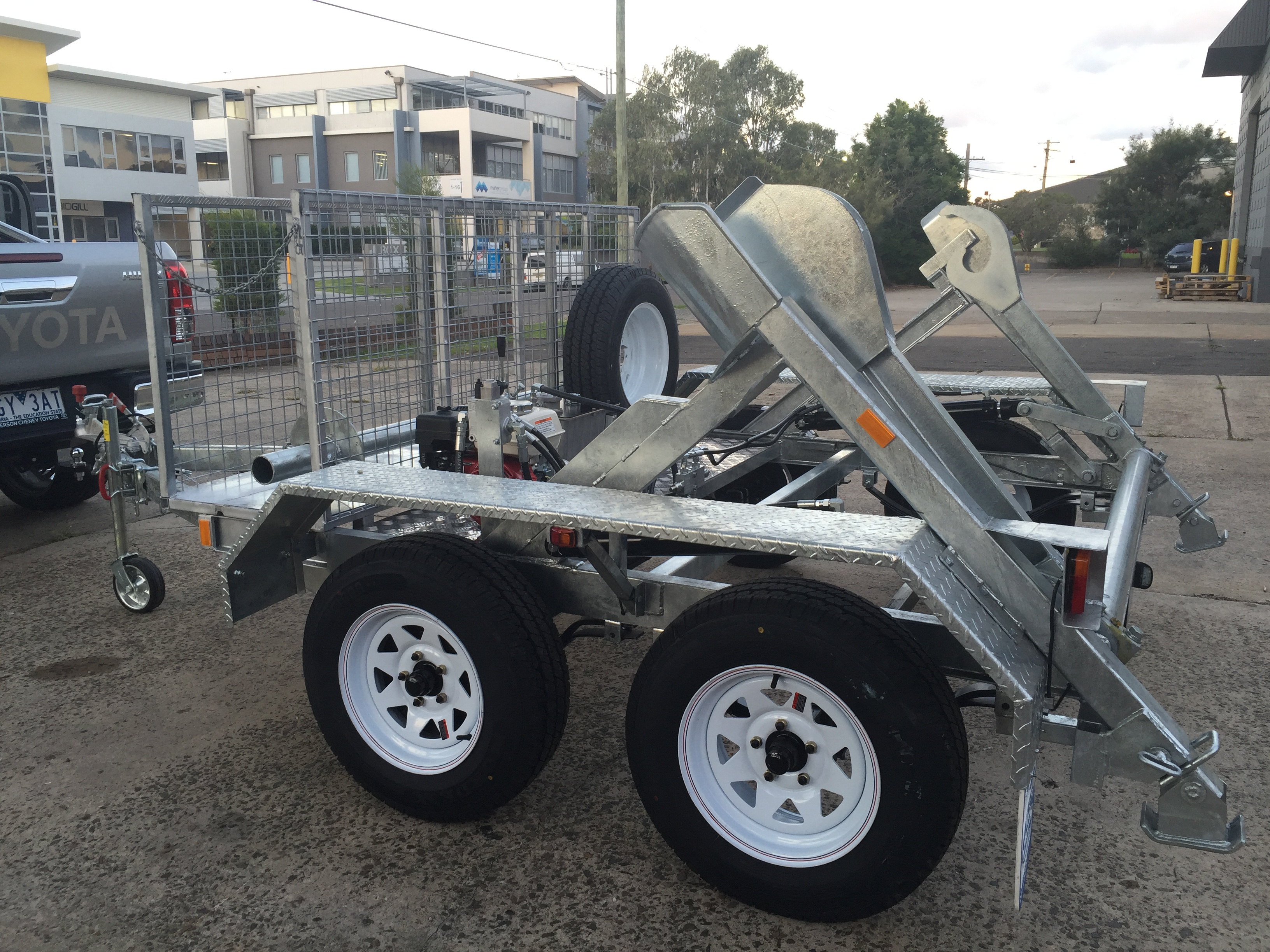 Powered Hydraulic Lift