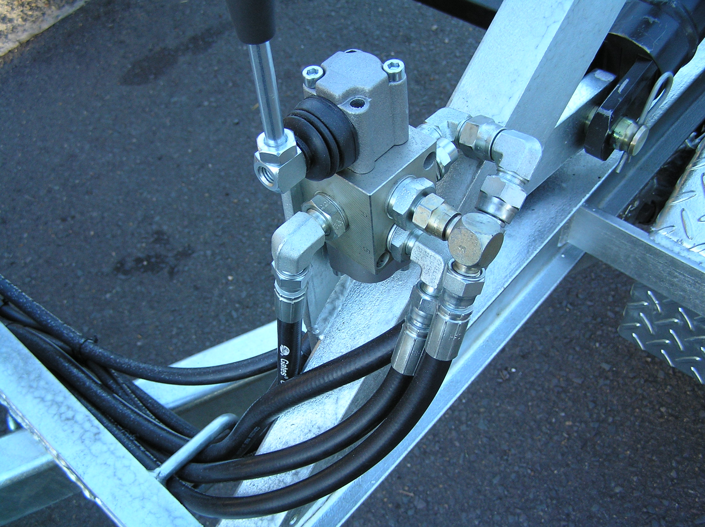 Ecowise Cable Drum 1500kgGVM Self load hydraulic #7822  SeP8240095 (17).JPG