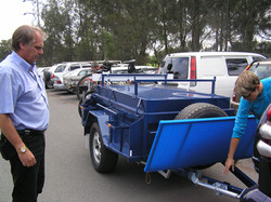 4WD Lidded Trailer with Mac Rack