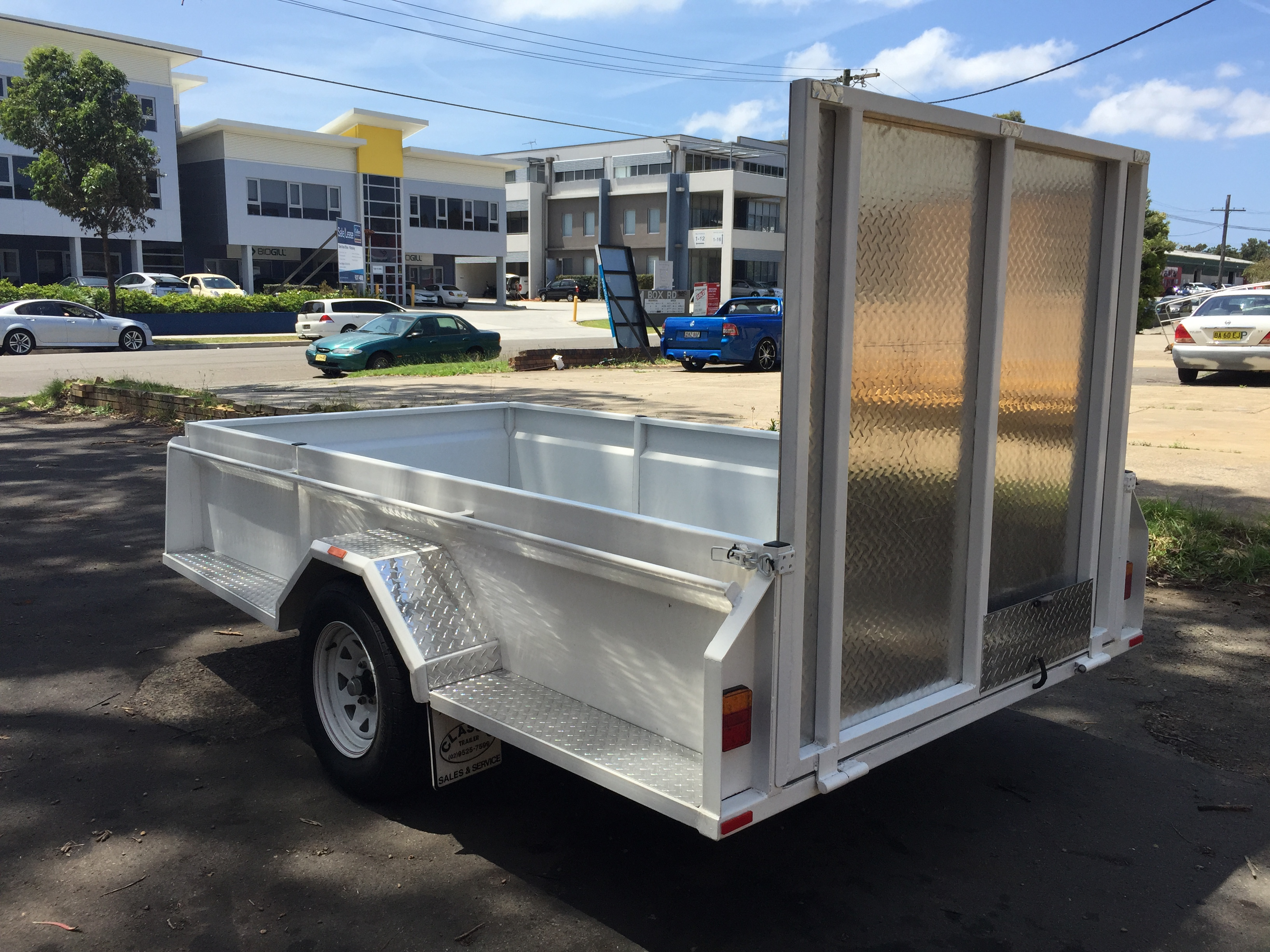 10x5 Commercial with ramp gate (4).JPG