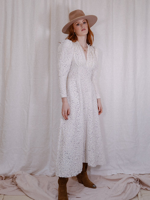 THE ISLA DRESS - IVORY LACE