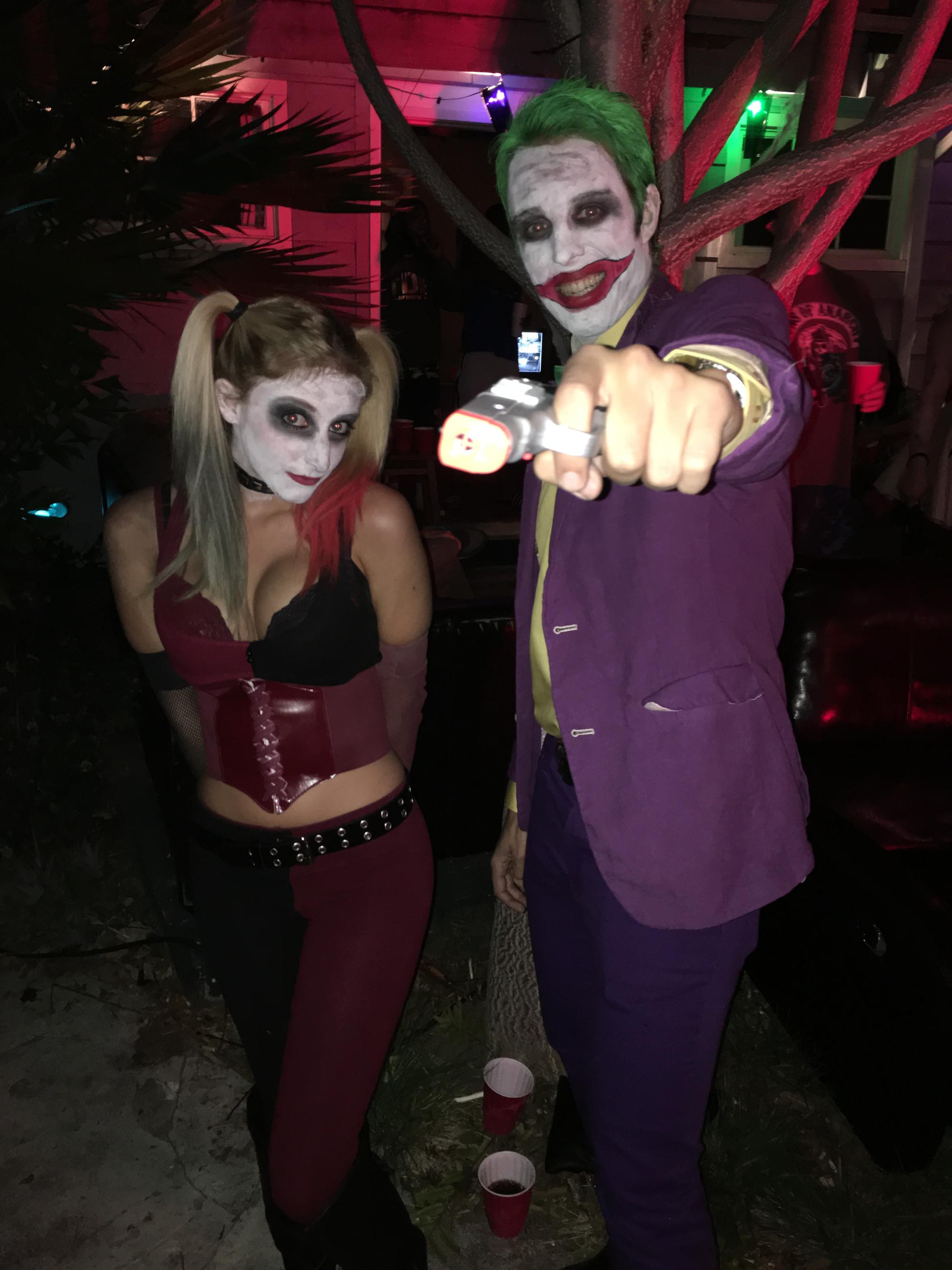 Diy Harley Quinn And Joker Costume