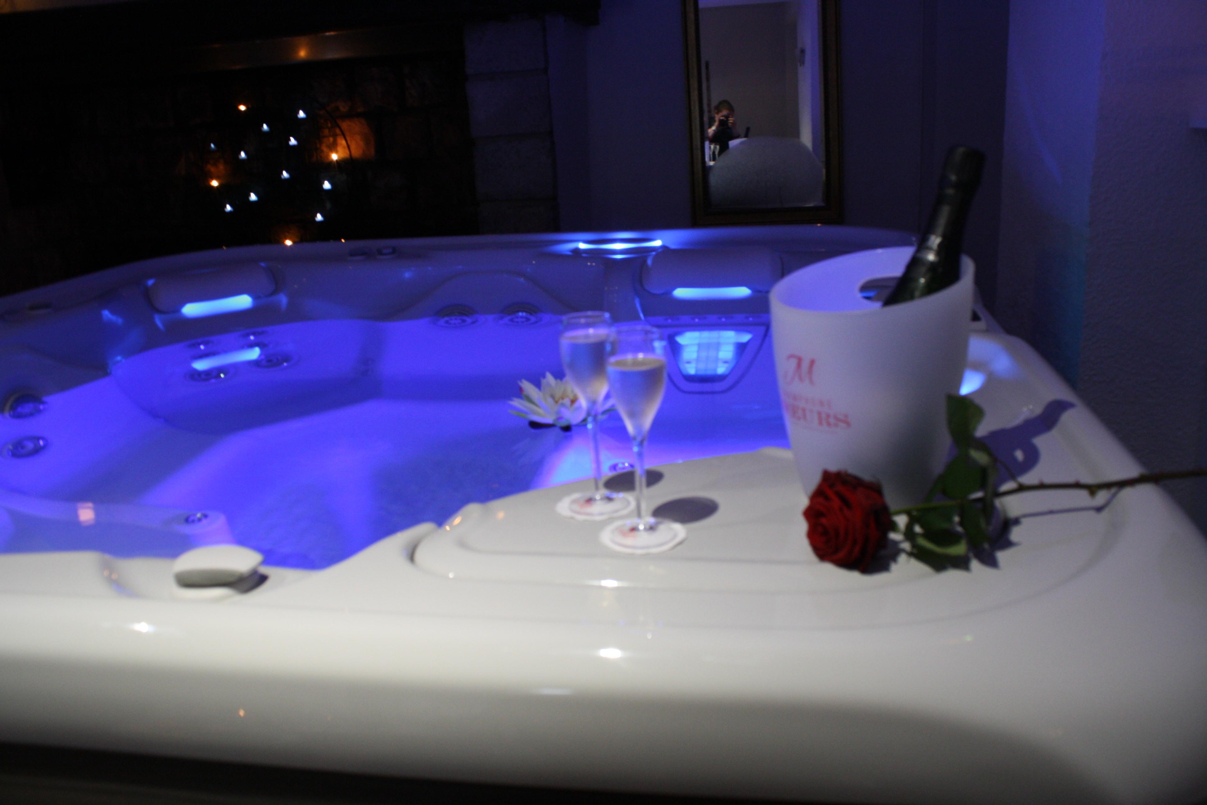 jacuzzi et champagne