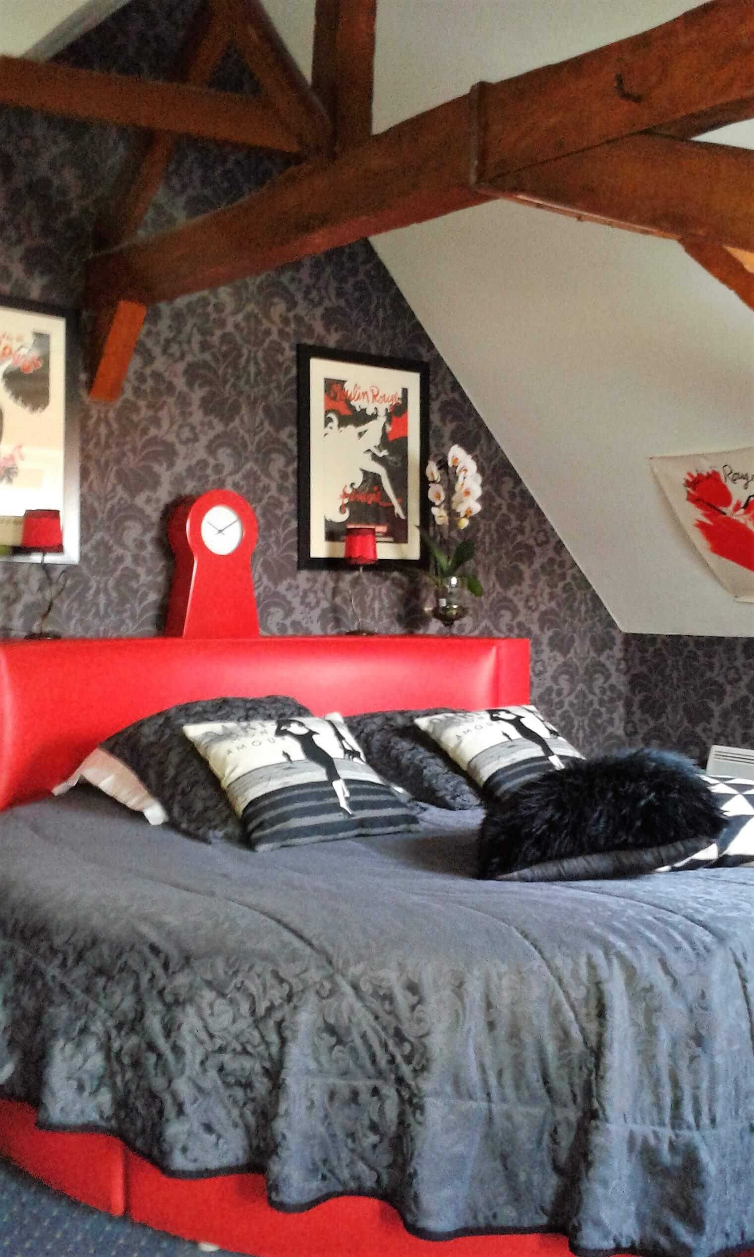 27_Le_Moulin_Rouge_-_Châtellerie_de_Scho