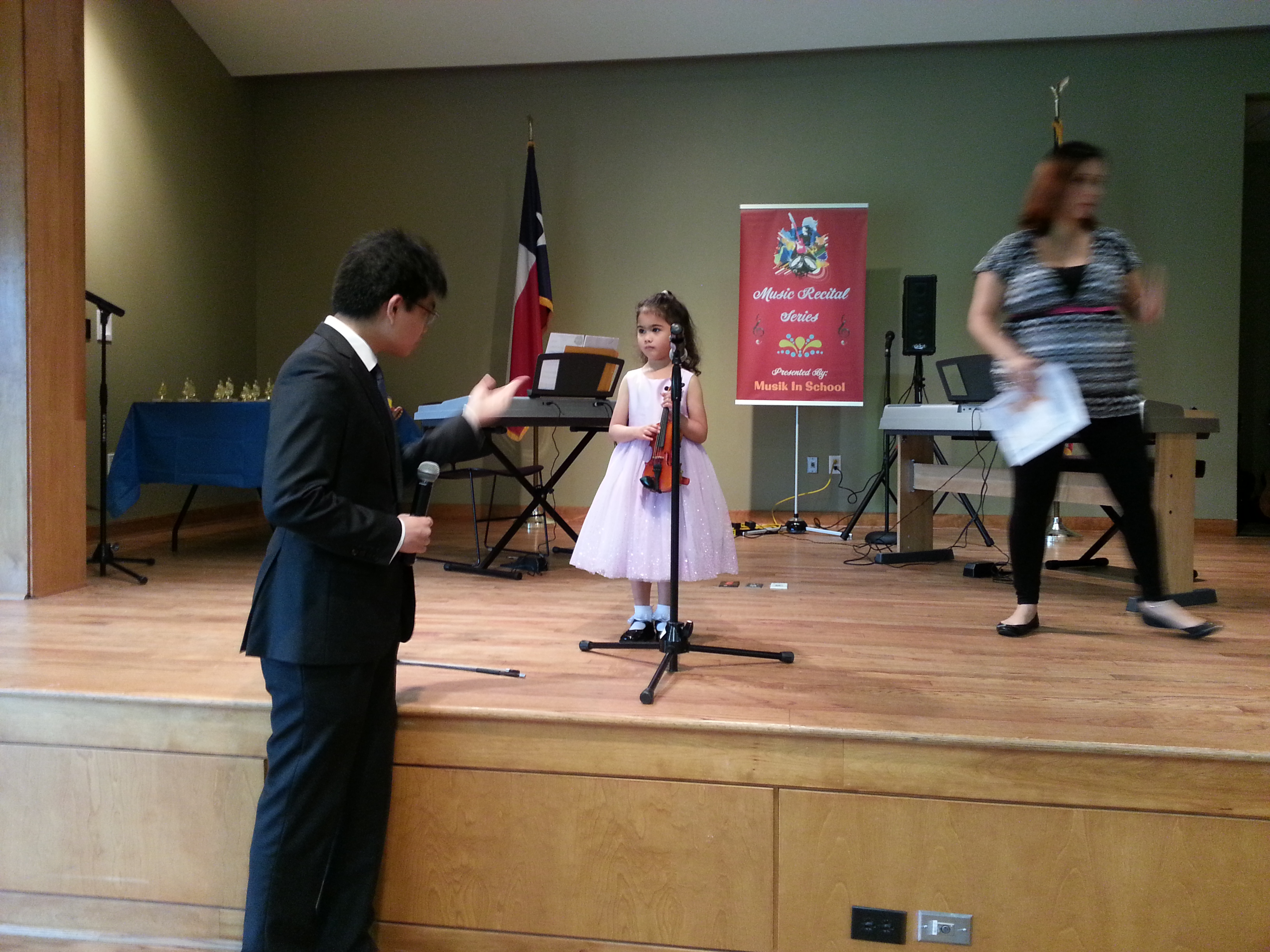 Violin_April2014Recital.jpg