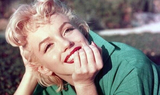 marilyn-monroe-smiling.jpg