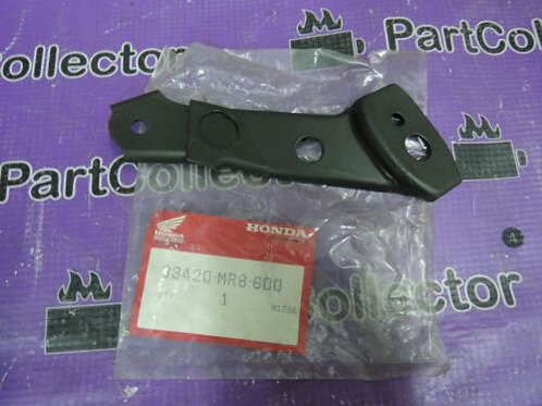 HONDA VFR400R3 1990 1991 FRONT RIGHT WINKER TURN SIGNAL STAY 33420-MR8-600