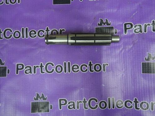 HONDA C100 ASTREA COUNTERSHAFT GEARBOX 23221-GN5-012 GENUINE