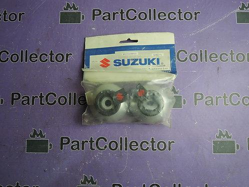 SUZUKI CRASH PADS SILVER GSX-R600-R750 990D0-16G40-SLV
