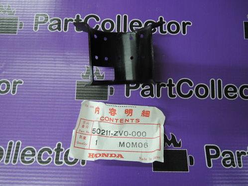 Honda 50211-ZV0-000 BF2AW Marine Liner Swivel Case