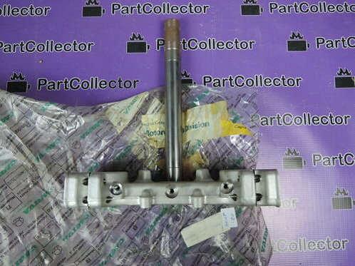 CAGIVA HUSQVARNA WRE 125 1994 LOWER TRIPLE CLAMP STEERING STEM BRACKET 8D0072349
