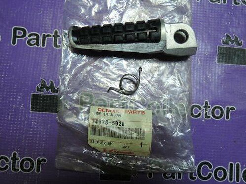 KAWASAKI EX250 ZZR250 2003 FOOTREST FRONT RIGHT STEP 34028-5020