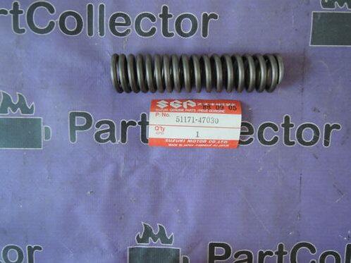 SUZUKI GS550 77-82 FRONT FORK SPRING 51171-47030 NOS