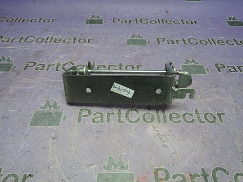 SUZUKI AN250 BURGMAN 250 98-02 SEAT SUPPORT BRACKET 45200-14F00-000