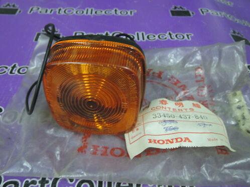 HONDA XL125 1979 - 1981 FRONT LEFT WINKER TURN SIGNAL INDICATOR 33450-437-840