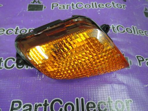 HONDA CBR1100XX 1997 - 2000 FRONT RIGHT TURN SIGNAL INDICATOR LAMP 33410-MT7-003