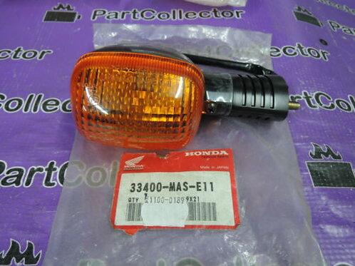 HONDA CBR900 SP1 1000 FRONT RIGHT WINKER TURN SIGNAL INDICATOR 33400-MAS-E11