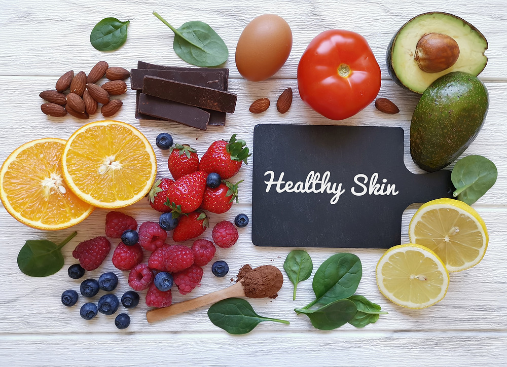 Cellulite en voeding: weet wat je eet, ook gezonde voeding kan rijk zijn aan kcal en jouw vetcellen laten groeien.