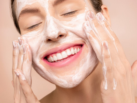 Reinigen de belangrijkste eerste stap naar een stralende huid!
