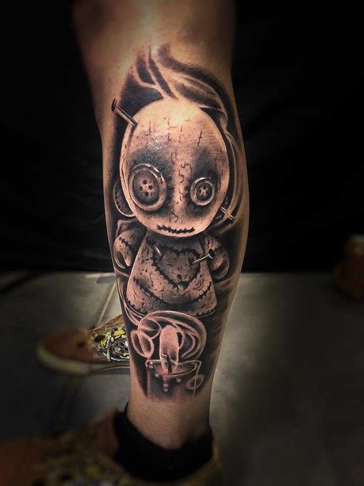 poupée vaudoo tattoo bougie