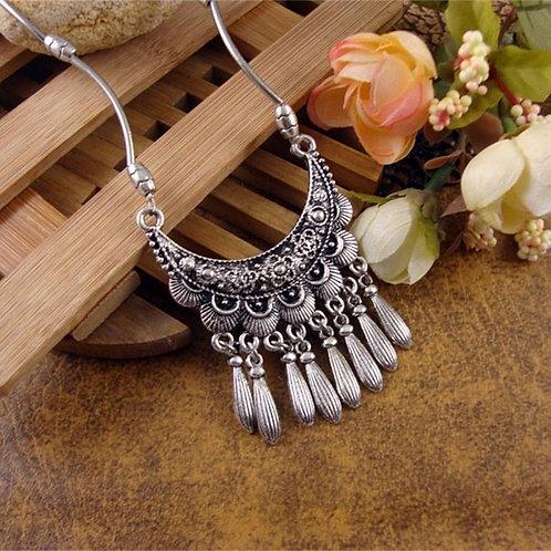 Tibetan Silver Moon Necklace