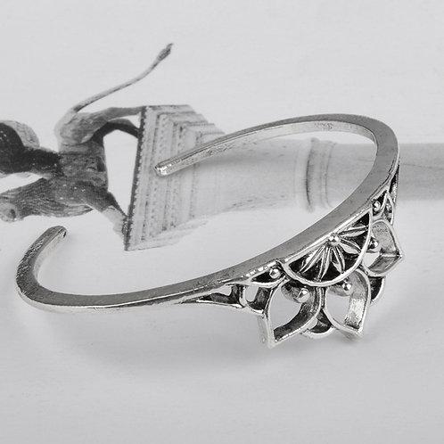 Boho Triangle Hollow Bracelet