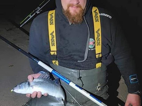 Jānis Liseckis on the bass on a night session. And John Moag  on the.....Pike. All Fish Count!