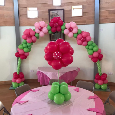 Flower Balloon display and flower balloon arch