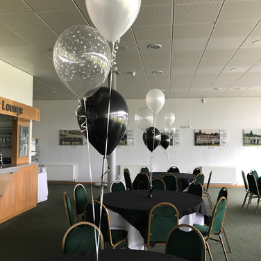 Traditional 3 balloon table bouquet