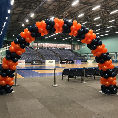 Balloon Arch for Worcester Wolves Basketball Club