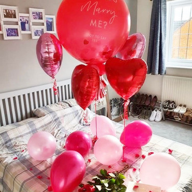 Will you marry me Balloon display