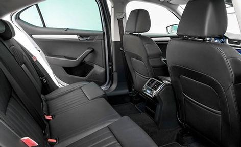 skoda-superb,-rear-seats.jpg