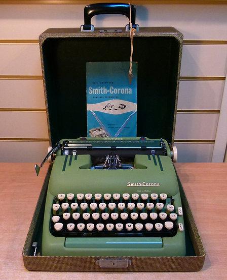 Smith Corona Silent Super Portable (1955)