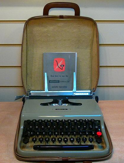 Olivetti Lettera 22 Portable (1956)