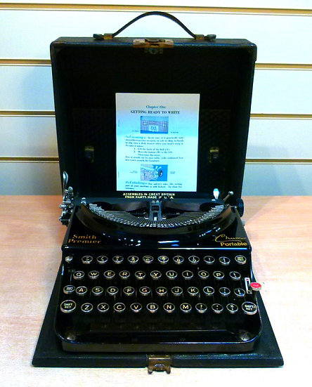 Smith Premier Chum Portable (1938)